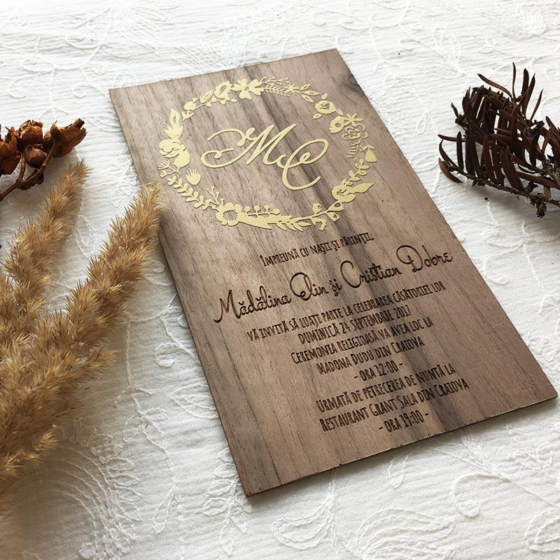 Invitatie-de-lemn-Gold-foil-2