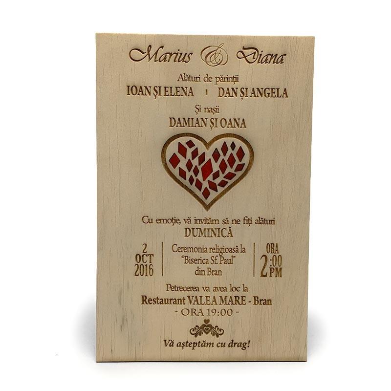 invitatie-gravata-pe-lemn-red-heart2
